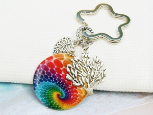 Schlüsselanhänger Lebensbaum Baum bunte Perlmutt Spirale Taschenanhänger Glücksbringer  - Handarbeit kaufen