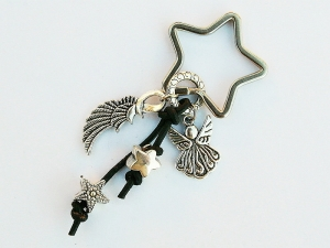 Schlüsselanhänger Glücksbringer Engel Flügel Engelsflügel Sterne am Lederband
