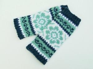Armstulpen jeansblau hellblau weiß handgestrickt Norwegermuster Blume - Handarbeit kaufen