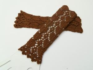 Armstulpen braun  Baumwolle handgestrickt Lochmuster filigran - Handarbeit kaufen