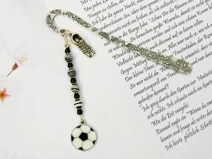 Lesezeichen groß Metall Fußball Fußballschuh schwarz weiß (Kopie id: 100253994) - Handarbeit kaufen