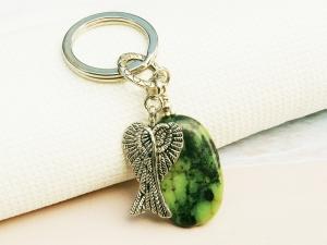 Schlüsselanhänger Flügel Engelsflügel Glücksbringer Jaspis grün Edelstein  - Handarbeit kaufen