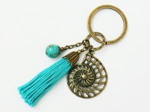 Schlüsselanhänger Glücksbringer Quaste türkis Schnecke Spirale Jaspis Edelstein bronzefarben  - Handarbeit kaufen