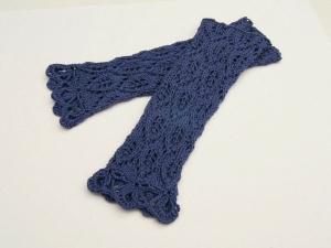 Armstulpen Pulswärmer blaubeere Baumwolle handgestrickt Lochmuster Blattmuster filigran  - Handarbeit kaufen