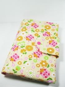 Kleine Wickeltasche für Baby- Mädchen