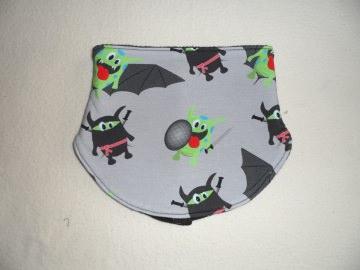 Halssocke ♥ Kinder ♥ KU 54 - 58 cm ♥ grau ♥ Monster ♥ Handmade - Handarbeit kaufen