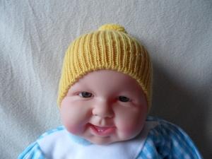 Kindermütze, Bommelmütze, gestrickt,gelb,  KU 40 - 42 cm  - Handarbeit kaufen