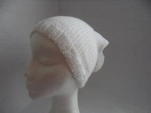 Bommelmütze, Mütze mit Bommel, gestrickt, weiß, KU 50-52 cm   - Handarbeit kaufen