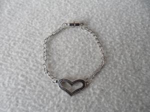 Armband mit Herz - Verbinder - Handarbeit kaufen