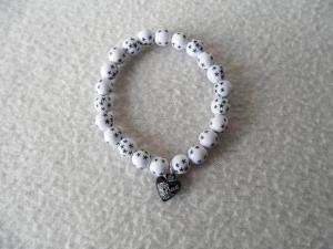 Perlenarmband weiß mit Sternen,Herzanhänger - Handarbeit kaufen
