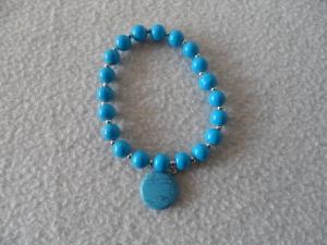Perlenarmband,Acrylperlen, blau, Halbedelsteinanhänger  - Handarbeit kaufen