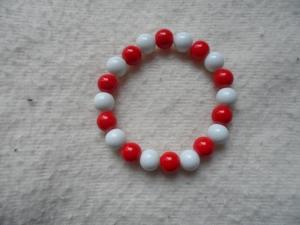 Perlenarmband, Acrylperlen, weiß/rot - Handarbeit kaufen