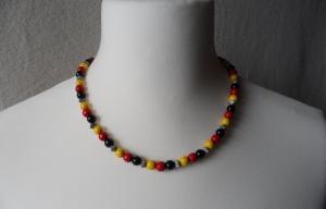 Halskette, Holzperlen, schwarz/rot/gold - Handarbeit kaufen