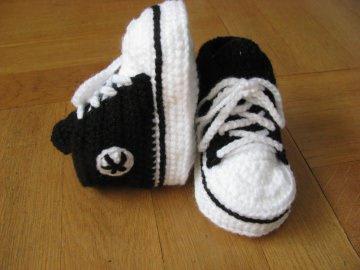 Babyschuhe, gehäkelt, schwarz, 9 cm (0-3 Mon.)