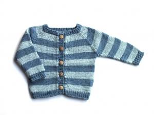 Blau geringelte Jacke aus weichem Garn (Baumwolle - Merino) - angenehm zu tragen beim Strandurlaub