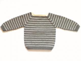 Toller Babypullover für kühle Tage - handgestrickt aus weicher Wolle (Merino) - in der Farbe taupe mit naturfarbenen Streifen - Größe 62 - 68 (3 - 6 Monate) - Handarbeit kaufen