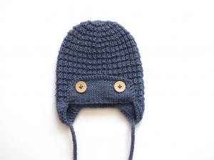 Warme Wintermütze für kleine Piloten - handgestickt aus weicher Wolle (Merino) - ein tolles Geschenk