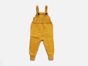 Handgestrickte Latzhose aus weicher Wolle (Merino) hält schön warm und ist ein Hingucker - eine tolle Geschenkidee - Größe 74-80 - Handarbeit kaufen