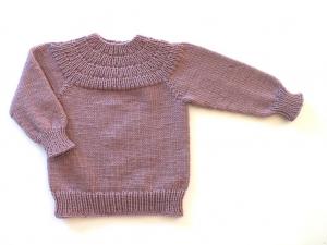 Handgestrickter Babypullover aus weicher Wolle (Merino) in einer tollen Farbe - Größe 74 - 80. (9 - 12 Monate) - Handarbeit kaufen