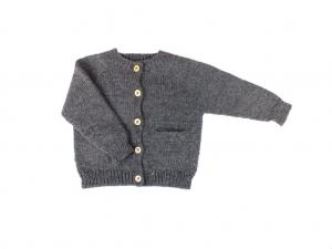 Handgestrickte Jacke mit Taschen in dunkelgrau - schnell überziehen, wenn es kalt ist - Größe 74-80