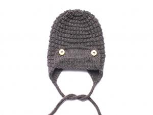 Warme Mütze für kleine Piloten - handgestickt aus weicher Wolle (Merino) in dunkelbraun - ein tolles Geschenk - KU 40-43 cm - Handarbeit kaufen