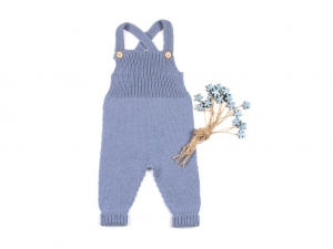 Handgestrickte Latzhose aus weicher Wolle (Merino) hält schön warm und ist ein Hingucker - eine tolle Geschenkidee - Größe 62 - 68   (3 - 6 Monate)