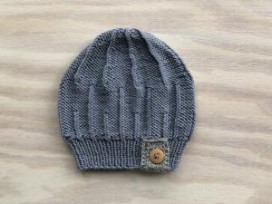 Handgestrickte Mütze für die Kleinen aus weicher Wolle (Merino) in einer tollen Farbe -  KU 43-45 cm  - Handarbeit kaufen
