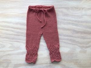 Handgestrickte Leggings für Babys aus wunderbar weicher Wolle (Merino) - Größe 62 - 68 (3 - 6 Monate)   - Handarbeit kaufen