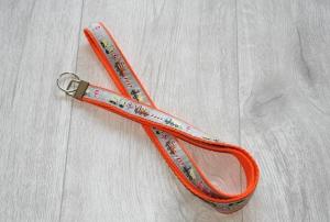 Schlüsselband Baustelle mit Gurtband aus Baumwolle in Orange, Länge 52 cm - Handarbeit kaufen