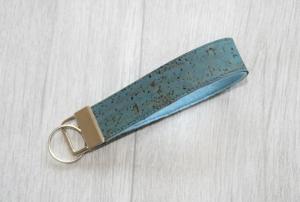 Schlüsselanhänger, Schlüsselband kurz, Kork Blau, Vegan - Handarbeit kaufen