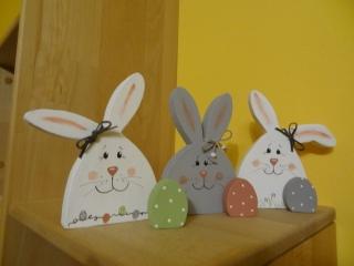 Fröhliches Osterhasen-Set mit 3 Eiern