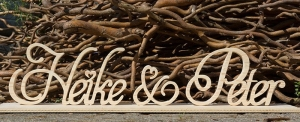 Holz-Schriftzug XXL freistehend (bis 10 Buchstaben)