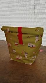 Rolltasche - Lunchbag - Kulturtasche außen Weihnachtsmotiv, innen abwaschbar