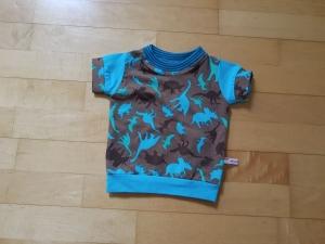 Kinder T-shirt Dinos Größe 62-68 - Handarbeit kaufen