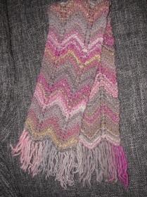 Strickschal mit Zick-Zack-Muster aus Lana Grossa Olympia in Rosa / Grau
