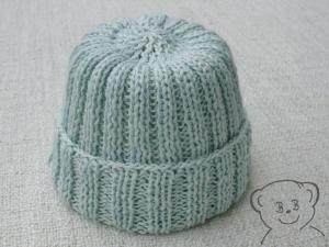 Babymütze [Farbe EISBLAU] gestrickt für Neugeborene, Größe KU 35-40 cm