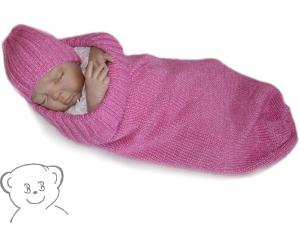 Baby Kuschelsack und Mütze [Farbe PINK] gestrickt