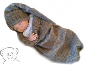 Baby Kuschelsack und Mütze gestreift [Farbe WALD-GRAU meliert] gestrickt Alpaka