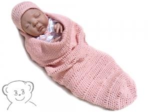 Baby Kuschelsack und Mütze [Farbe lachsrosa] gestrickt und gehäkelt für Neugeborene