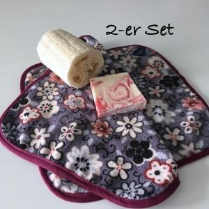 Waschlappen Seiftuch Abschminktuch Waschtuch Spültuch, 2-er Set, Blumen grau/weiß/dunkelrot, Küchentuch Putzlappen  - Handarbeit kaufen