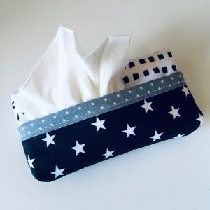 Taschentuchtasche, Taschentuchtascherl, TaTüTa, aus Baumwolle, Sterne, schwarz/weiß/grau für 10 Taschentücher  - Handarbeit kaufen