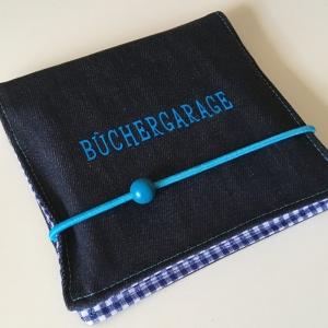 Aufbewahrung für Minibücher, Büchergarage, Minibuchhülle, Buchhülle, Utensilo für Bücher, Taschenutensilo, Jeans/blau Kariert - Handarbeit kaufen