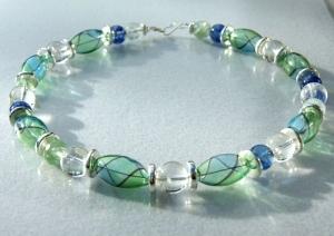 Traumcollier mundgeblasenes Glas, Quarz, Bergkristall Halskette