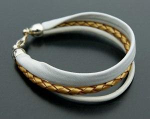 Armband WEISS-GOLD Nappa Leder geflochten 925er Silber Bola
