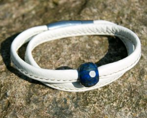 Wickelarmband Nappa-Leder weiß mit Lapis Lazuli Edelstahl