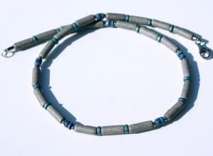 Halskette für Männer in GRAU, schmal, Keramik , Leder ethno Peru Edelstahl