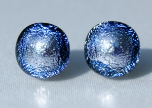 Ohrstecker BORKUM dichroitisches Glas, 925er Silber Farbspiel flieder extravagant  elegant Unikat