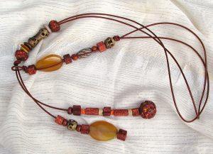 Leder - lang - leger  Achat, Bronze, Keramik