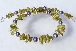 extravagantes Collier Biwa-, Zuchtperlen, Silber