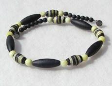 extravagante Halskette Afrika SCHWARZ-GELB Onyx Lemon-Jade afrikanische Krobo-Perlen Unikat